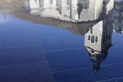 αντανάκλαση εκκλησιών του Annecy Στοκ Εικόνες