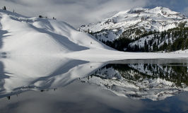 αντανάκλαση χιονώδης Στοκ Εικόνες