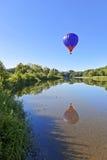 Αντανάκλαση μπαλονιών ζεστού αέρα Στοκ εικόνα με δικαίωμα ελεύθερης χρήσης