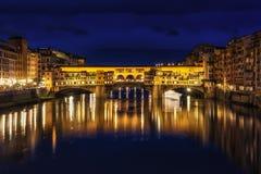 Αντανάκλαση νύχτας Ponte Vecchio Στοκ εικόνα με δικαίωμα ελεύθερης χρήσης