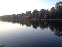 Αντανάκλαση ποταμών Στοκ εικόνες με δικαίωμα ελεύθερης χρήσης