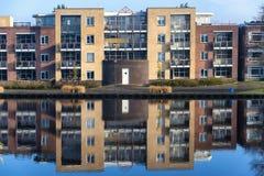 αντανάκλαση σπιτιών Στοκ Φωτογραφία