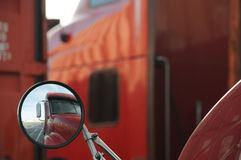 Αντανάκλαση φορτηγών Στοκ Εικόνα