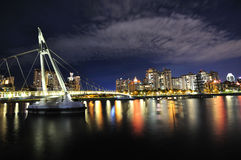αντανακλάσεις γεφυρών γ& Στοκ εικόνες με δικαίωμα ελεύθερης χρήσης