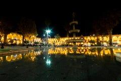 Αντανακλάσεις Plaze de Armas σε Arequipa Στοκ φωτογραφία με δικαίωμα ελεύθερης χρήσης