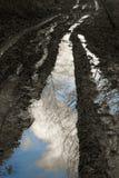 Αντανακλάσεις στη λάσπη Στοκ εικόνα με δικαίωμα ελεύθερης χρήσης