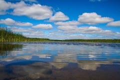 αντανακλαστικό ύδωρ Στοκ εικόνες με δικαίωμα ελεύθερης χρήσης