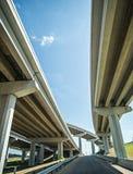 Ανταλλαγή οδογεφυρών αυτοκινητόδρομων εθνικών οδών στοκ εικόνα με δικαίωμα ελεύθερης χρήσης