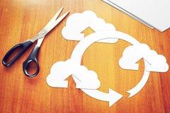 Ανταλλαγή πληροφοριών μέσω της τεχνολογίας υπολογισμού σύννεφων στοκ εικόνα με δικαίωμα ελεύθερης χρήσης