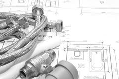 Αντικατάσταση των εξαρτημάτων υδραυλικών στοκ εικόνες