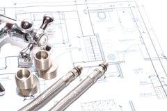 Αντικατάσταση των εξαρτημάτων υδραυλικών engineering στοκ φωτογραφία με δικαίωμα ελεύθερης χρήσης