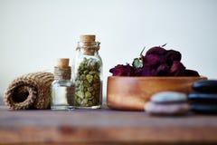 Αντικείμενα για aromatherapy Στοκ εικόνα με δικαίωμα ελεύθερης χρήσης