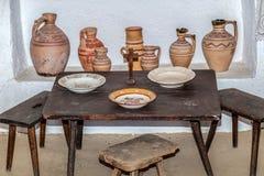 Αντικείμενα στο εσωτερικό σε μια παραδοσιακή ρουμανική αγροικία Στοκ εικόνα με δικαίωμα ελεύθερης χρήσης