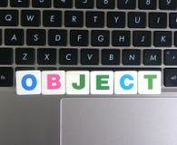 Αντικείμενο λέξης στο υπόβαθρο πληκτρολογίων στοκ φωτογραφία με δικαίωμα ελεύθερης χρήσης