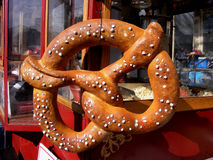 Αντικείμενο-Pretzel στη στάση τροφίμων Στοκ Εικόνα