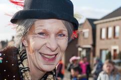 αντιμετωπίστε τη χρωματισμένη χαμογελώντας γυναίκα της Στοκ Εικόνα