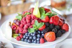 _ Αντιοξειδωτικοοι, detox διατροφή, οργανικά φρούτα Στοκ Εικόνες