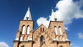 Αντιπροσωπεύοντας το νεογοτθικό ύφος, είναι η μεγαλύτερη εκκλησία πετρών στη Λιθουανία Στοκ φωτογραφία με δικαίωμα ελεύθερης χρήσης