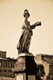 Αντιπροσώπευση του καλοκαιριού, Ponte Santa Trinita, Φλωρεντία Στοκ Φωτογραφίες