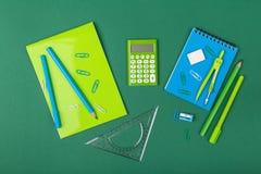 αντι γραφείο άλλα sharpener ψαλιδιού stapler χαρτικά στοκ εικόνες με δικαίωμα ελεύθερης χρήσης