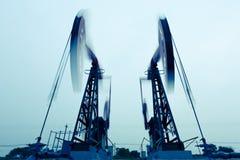 Αντλώντας μηχανές πετρελαίου Στοκ Φωτογραφίες