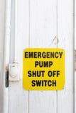 Αντλία έκτακτης ανάγκης που αποκλείεται ή σημάδι διακοπτών κουμπιών ώθησης στάσεων Στοκ φωτογραφίες με δικαίωμα ελεύθερης χρήσης