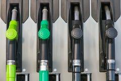 Αντλίες βενζίνης ή διανομείς στο αέριο Στοκ Φωτογραφία