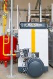 Αντλίες καυστήρων αερίου λεβήτων αερίου βιομηχανίας Στοκ εικόνες με δικαίωμα ελεύθερης χρήσης