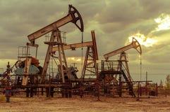 Αντλίες πετρελαιοπηγών Στοκ Εικόνες