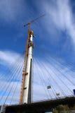 Ανυψωτικοί εργαζόμενοι γερανών κατασκευής Στοκ Εικόνες
