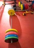 Ανυψωτικός εξοπλισμός φραγμών βάρους γυμναστικής ικανότητας Crossfit στοκ φωτογραφία με δικαίωμα ελεύθερης χρήσης