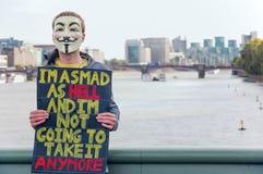 Ανώνυμη μάσκα τρελλή ως κόλαση Στοκ εικόνα με δικαίωμα ελεύθερης χρήσης