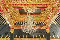 Ανώτατο όριο με την όμορφη διακόσμηση στο παλάτι σουλτανάτων Yogyakarta Στοκ Φωτογραφίες