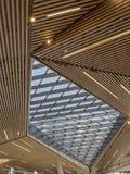 Ανώτατο όριο ξύλινων Slats και του γυαλιού Στοκ Εικόνα