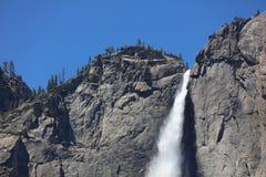 Ανώτερες πτώσεις Yosemite στο εθνικό πάρκο Yosemite Στοκ Εικόνα