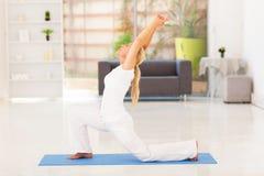 Ανώτερη άσκηση γυναικών στοκ φωτογραφία