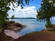 Ανώτερη ακτή λιμνών Στοκ εικόνα με δικαίωμα ελεύθερης χρήσης
