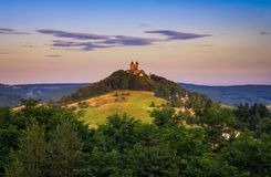 Ανώτερη εκκλησία με δύο πύργους σε Banska Stiavnica, Σλοβακία στοκ φωτογραφίες