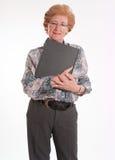Ανώτερη κυρία με το βιβλίο Στοκ φωτογραφία με δικαίωμα ελεύθερης χρήσης