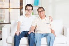 Ανώτεροι πατέρας και γιος Στοκ εικόνα με δικαίωμα ελεύθερης χρήσης