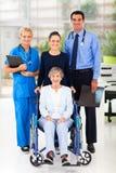 Ανώτερος ασθενής εργαζομένων στοκ εικόνες με δικαίωμα ελεύθερης χρήσης