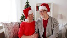 Ανώτερος τηλεοπτικός χαιρετισμός Χριστουγέννων καταγραφής ζευγών απόθεμα βίντεο