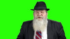 Ανώτερος bussinessman ομιλητής στην πράσινη οθόνη απόθεμα βίντεο