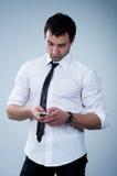 απάντηση του τηλεφώνου ατόμων στοκ εικόνες με δικαίωμα ελεύθερης χρήσης