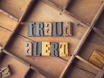 Απάτη άγρυπνη ξύλινο letterpress στοκ εικόνες με δικαίωμα ελεύθερης χρήσης