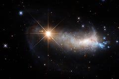 Απίστευτα όμορφος γαλαξίας κάπου στο βαθύ διάστημα Ταπετσαρία επιστημονικής φαντασίας στοκ εικόνα