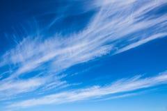 Απίστευτα cirrus σύννεφα Στοκ εικόνες με δικαίωμα ελεύθερης χρήσης