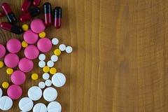 Απαγορευμένη συσκευασία ιατρικής ουσιών φαρμάκων φαρμακείο της ταμπλέτας στοκ φωτογραφίες με δικαίωμα ελεύθερης χρήσης