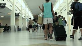 απασχολημένος διεθνής αερολιμένων απόθεμα βίντεο