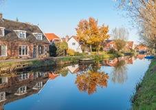 Απεικονισμένα σπίτια σε ένα μικρό ολλανδικό χωριό Στοκ Εικόνες